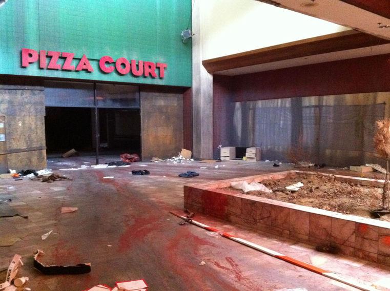 """""""TIM & ERIC'S BILLION $ MOVIE""""  pizza court"""